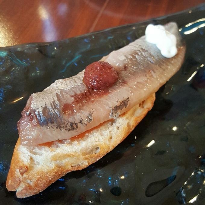 Ambigu_(Tosta de sardina)