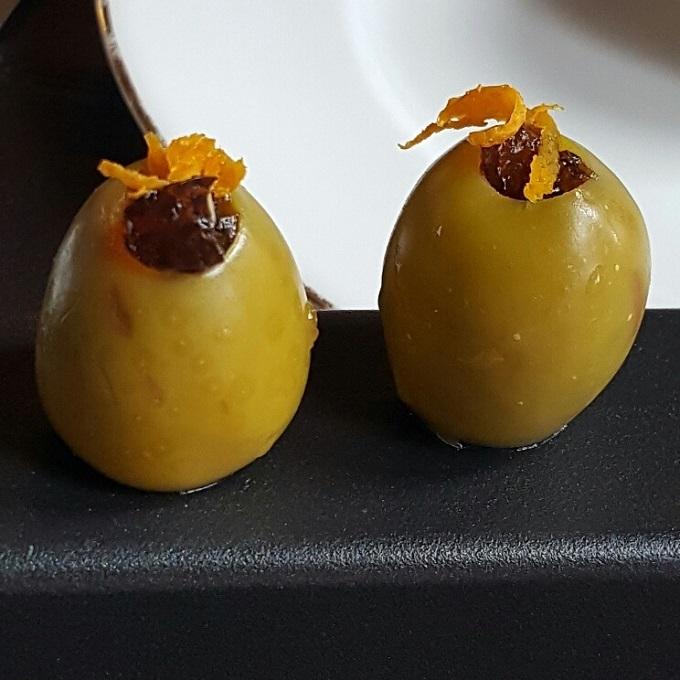 Atico-Aceitunas rellenas de gelatina de vermut