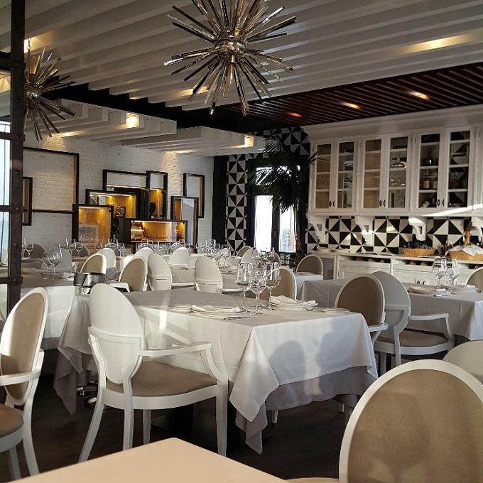 Restaurante Antonio (Vista de sala-1)