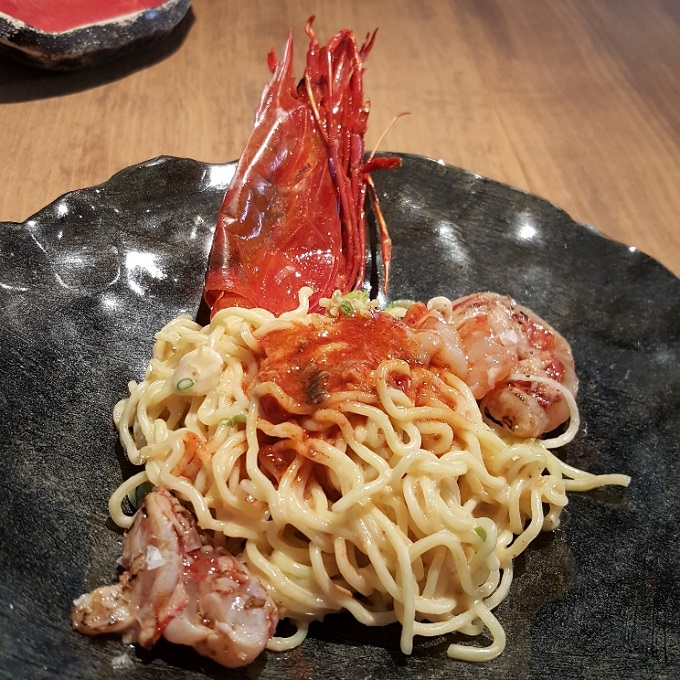 Umiko (Ramen seco de carabinero)