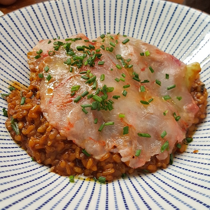 Recreo (Arroz meloso, acelga china y carpaccio de gambas)