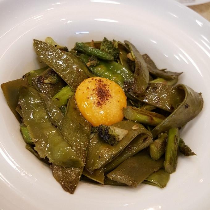 Tres por Cuatro (Menestra de verduras de primavera)