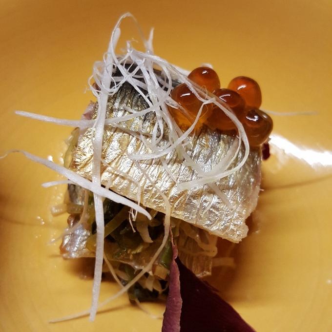 Izariya (Milhojas de sardina ahumada)