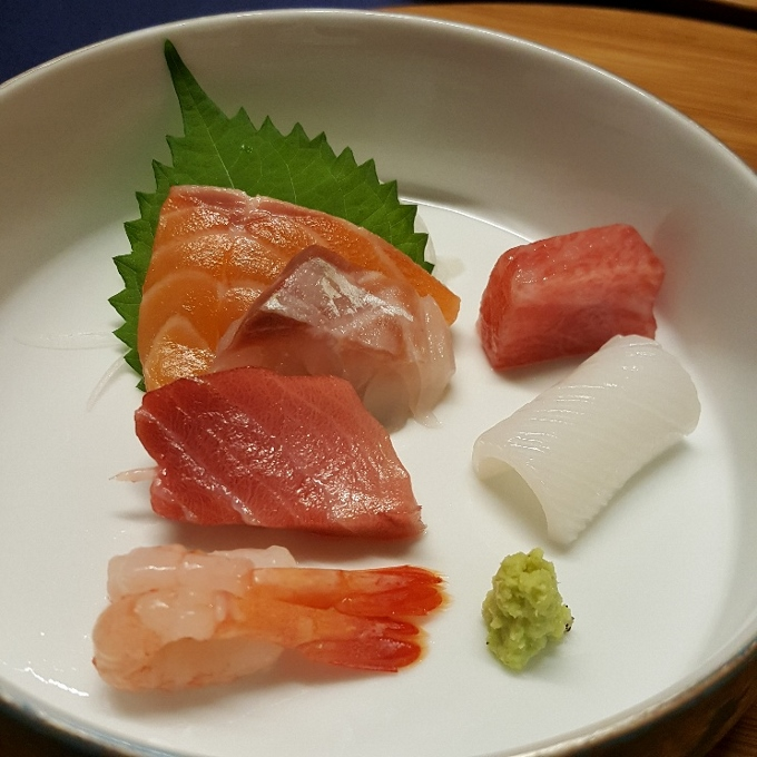 Izariya (Sashimi variado)