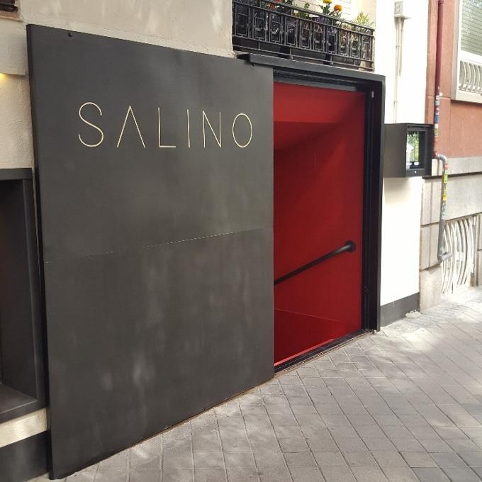 Salino (Entrada al local)