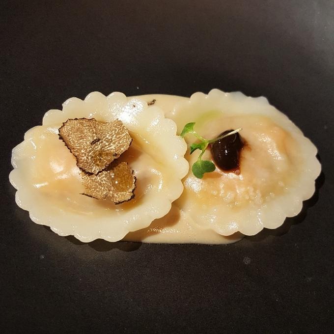 Baluarte (Raviolis de boniato y foie obre crema de boletus)