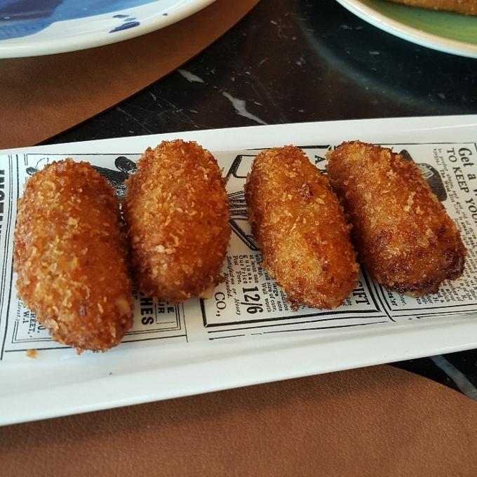 Sinsombrero (Croquetas de jamón)