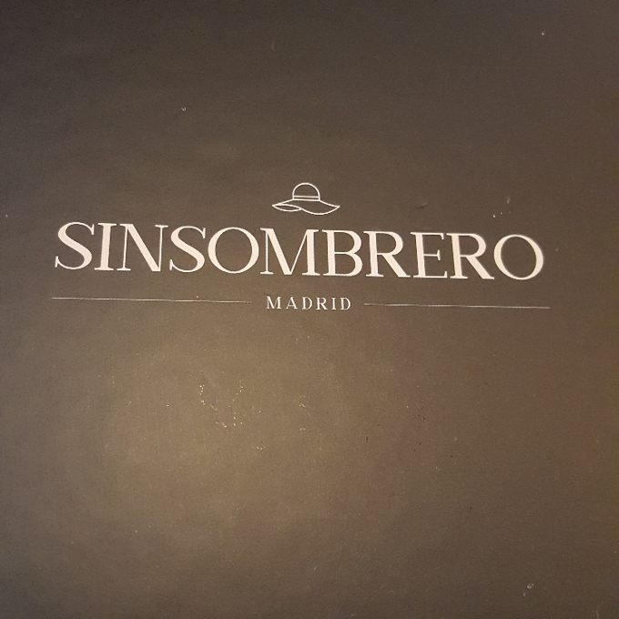 Sinsombrero (Logo)
