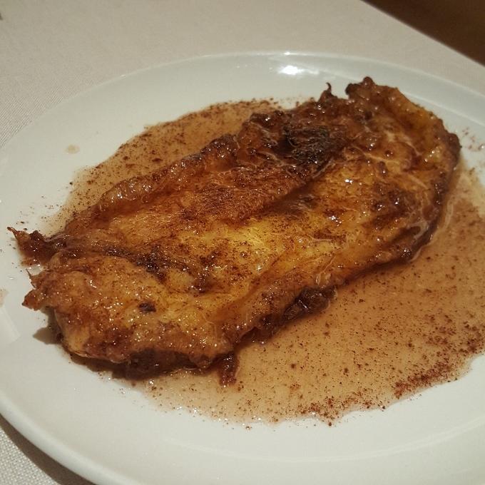 La Clave (Torrija de pan con baño de almíbar)