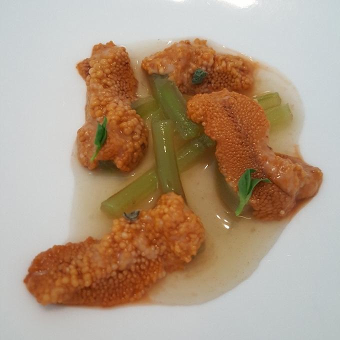 Nerua (Borraja, erizo y jugo de anchoa)