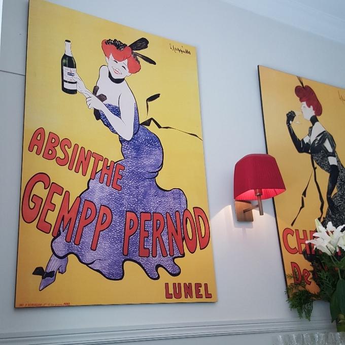Café de Paris (Decoración de las paredes)