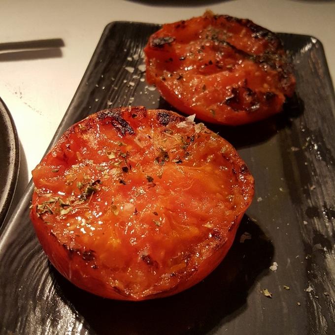 Charrúa (Tomates a la parrilla)